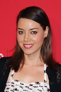 Aubrey Plaza on the Healing Power of Zombies
